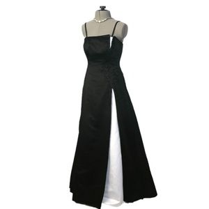 Michaelangelo Black and White Evening Gown Size 2